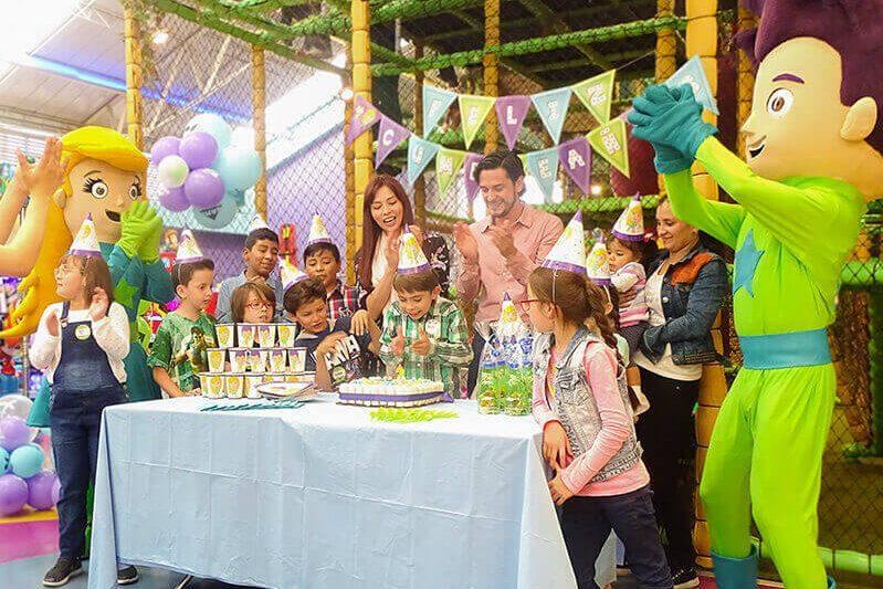Fiestas-Infantiles-celebracion-800x533