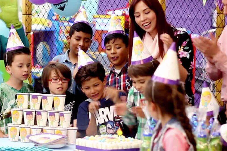 Fiestas-Infantiles-invitados-800x533